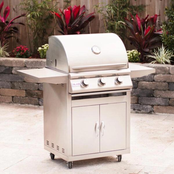 Blaze 25 Inch Freestanding 3 Burner Gas Grill
